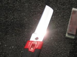 電工ナイフを磨いた