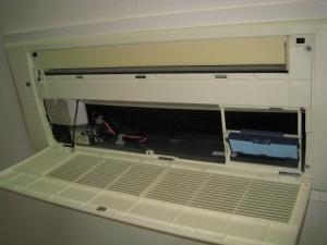 天井カセット形の室内機