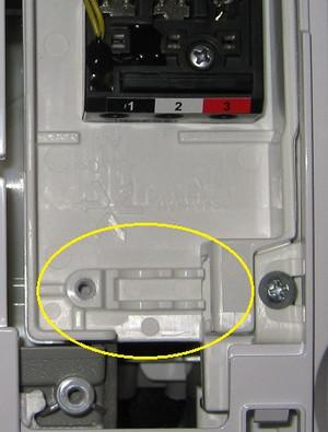 エアコン室内機の端子台部分