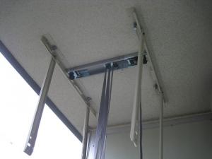 天吊り室外機昇降器具