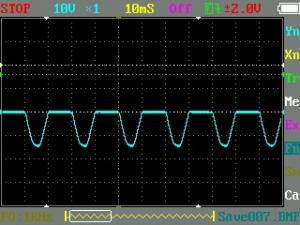 オシロで見たマイナス側半波整流