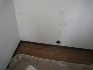 床置き形エアコン設置前