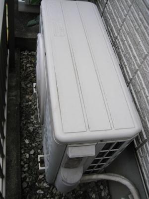 隠蔽配管に接続された室外機
