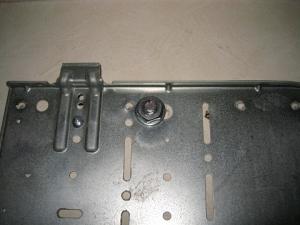 室内機の据付板を固定したボルトナット
