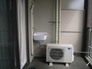 室外機と配管