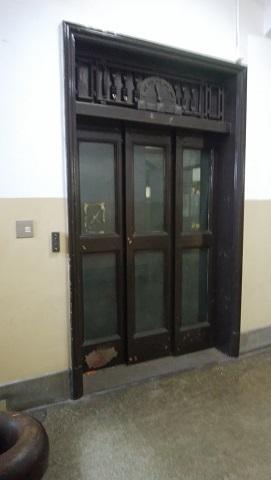 エレベーター?