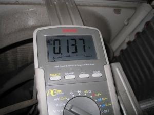 コンデンサの電圧確認