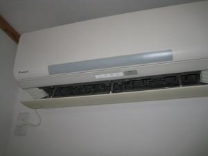 冷風の出ない室内機