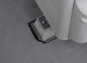 汎用の室外機台(プラスチック)