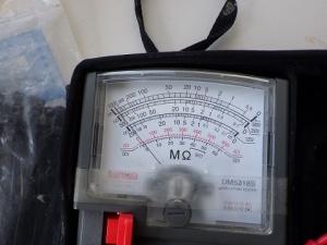 部品交換後に絶縁抵抗を測定